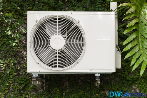 Air-conditioner-repair-aircon-flow-Dw-Aircon-Servicing-Singapore_wm