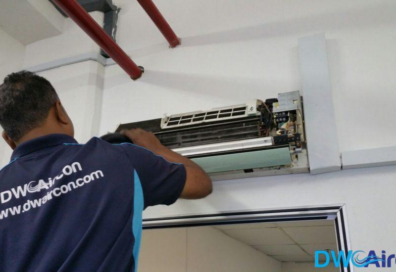 Aircon-Leak-Repair-Dw-Aircon-Servicing-Singapore-Commercial-Jurong-West-2_wm
