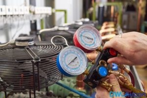 Airconditioner-gas-top-up-Dw-Aircon-Servicing-Singapore_wm
