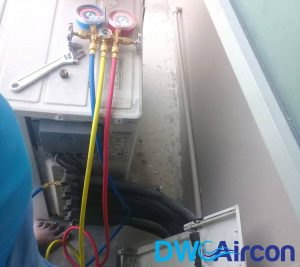 aircon-gas-top-up-dw-aircon-servicing-singapore (1)