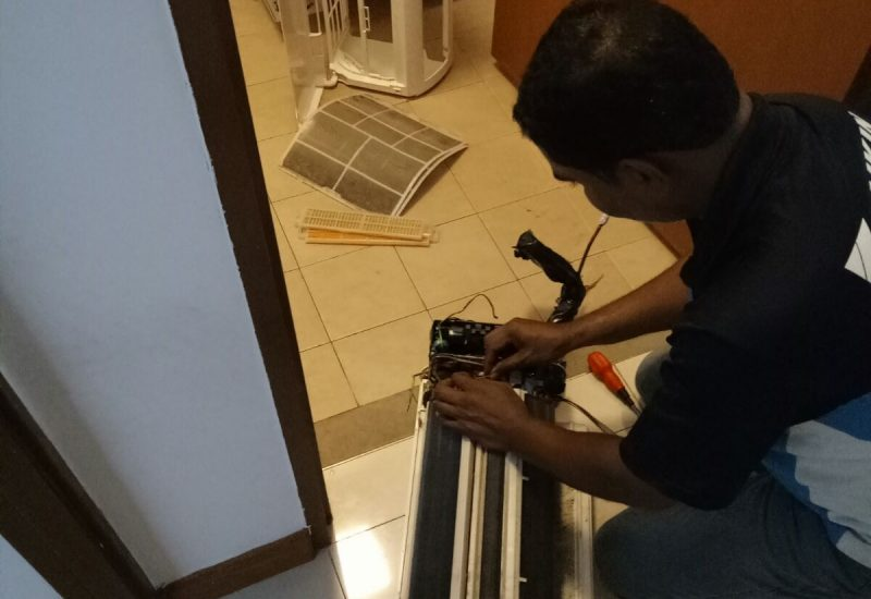 Aircon-Chemical-Overhaul-Dw-Aircon-Servicing-Singapore-20_wm