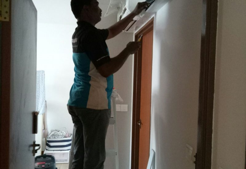 Aircon-Chemical-Overhaul-Dw-Aircon-Servicing-Singapore-30_wm