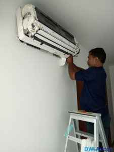 Aircon-Chemical-Wash-Dw-Aircon-Servicing-Singapore-HDB-Clementi-5