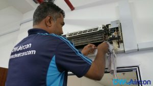 Aircon-Leak-Repair-Dw-Aircon-Servicing-Singapore-Commercial-Jurong-West-6_wm