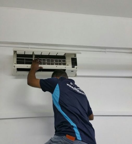 Aircon-Servicing-Dw-Aircon-Servicing-Singapore-Commercial-Pasir-Panjang-3_wm