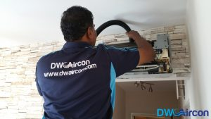 Aircon-Servicing-Dw-Aircon-Servicing-Singapore-HDB-Tiong-Bahru-5