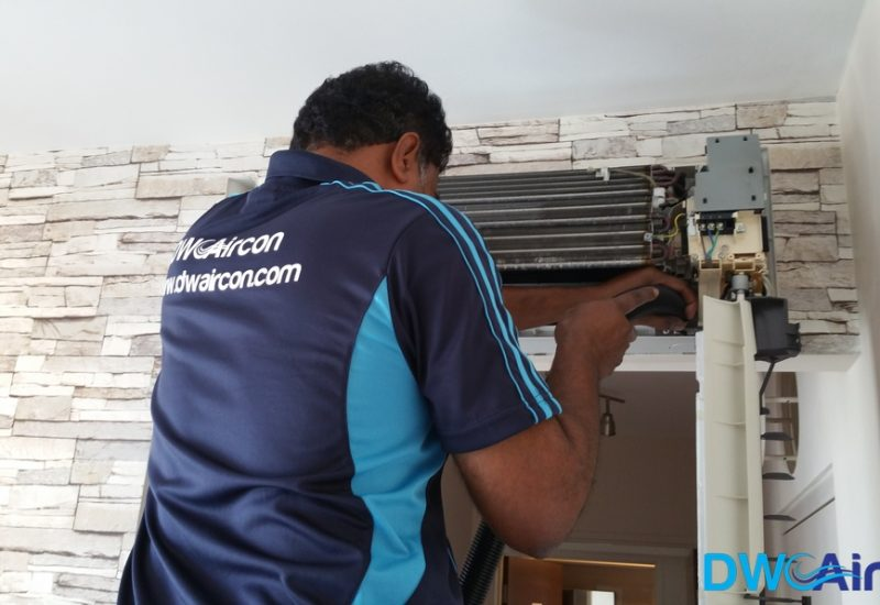 Aircon-Servicing-Dw-Aircon-Servicing-Singapore-HDB-Tiong-Bahru-7