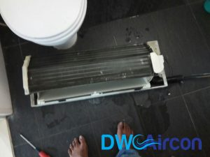 aircon-chemical-overhaul-aircon-insulation-solve-aircon-leaking-singapore-hdb-bukit-panjang-3_wm