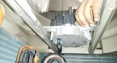 daikin-aircon-fan-motor-replacement-aircon-repair-singapore-commercial-office-5_wm