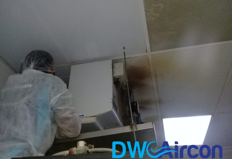 aircon-maintenance-commercial-kitchen-office-tai-seng-dw-aircon-servicing-singapore_wm