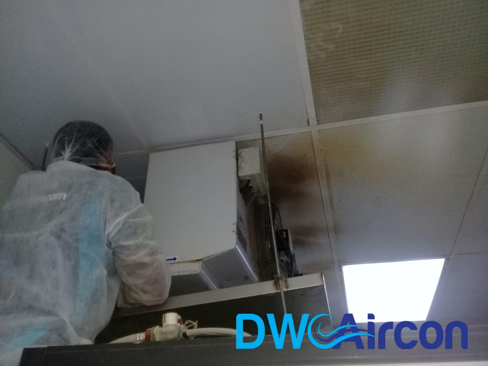 aircon-maintenance-commercial-kitchen-office-tai-seng-dw-aircon-servicing-singapore_wm