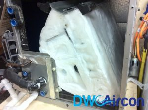 frozen-evaporator-coil-aircon-repair-Dw-Aircon-Servicing-Singapore