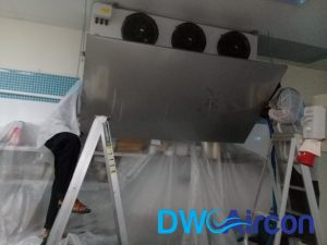 fan-coil-normal-aircon-servicing-commercial-kitchen-office-tai-seng-dw-aircon-servicing-singapore_wm