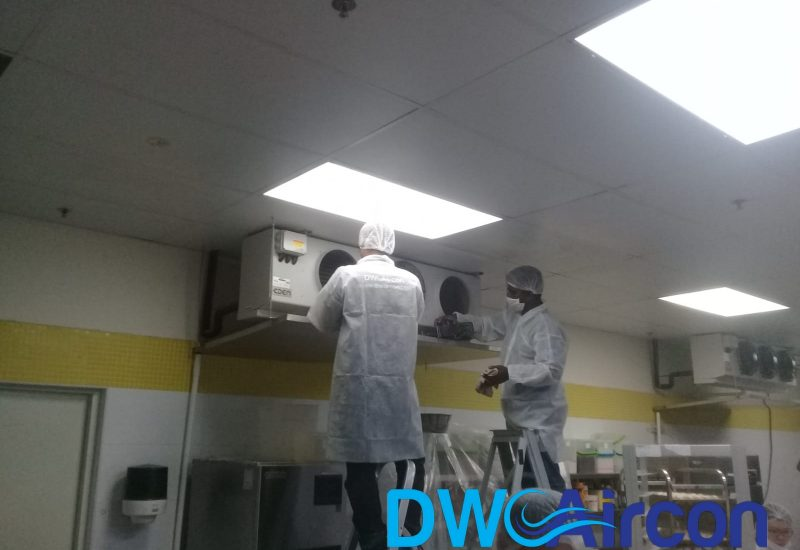 Normal aircon Servicing dw aircon servicing commercial tai seng 3
