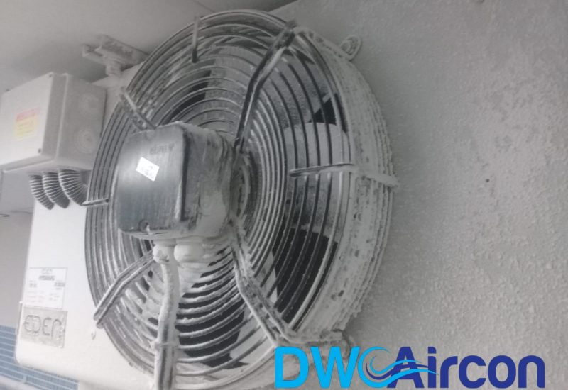 Normal aircon Servicing dw aircon servicing commercial tai seng 4