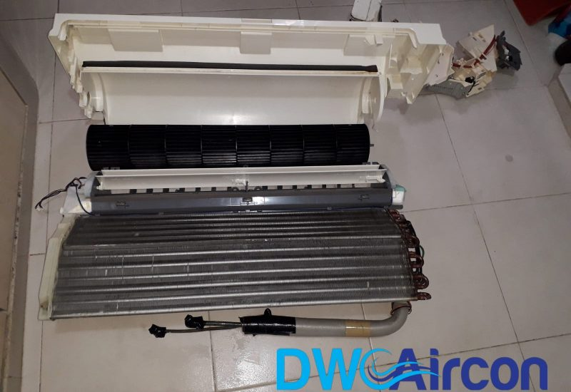 aircon servicing aircon chemical overhaul dw aircon singapore hdb tiong bahru 4