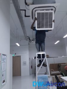 Aircon Servicing - Wohlrab Asia Normal Servicing Dw Aircon Servicing Singapore (6)_wm