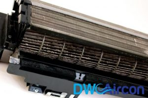 Clean the fan coil Dw Aircon Servicing Singapore_wm