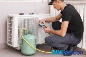 aircon-leaking-gas-pressure-test-aircon-gas-top-up-repair-dw-aircon-servicing-singapore_wm