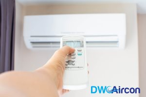 aircon-not-blowing-cold-air-checking-thermostat-dw-aircon-servicing-singapore