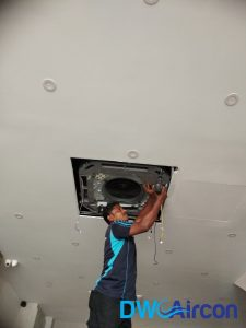 aircon-chemical-wash-ceiling-cassette-singapore-commercial-tanjong-pagar-2_wm