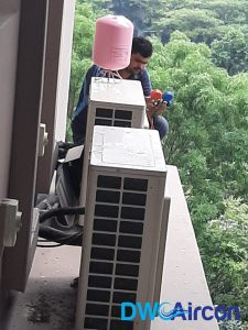 aircon-gas-top-up-aircon-servicing-singapore-condo-orchard-3_wm