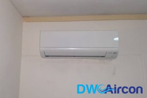 aircon-on-wall-aircon-chemical-overhaul-dw-aircon-singapore - Copy