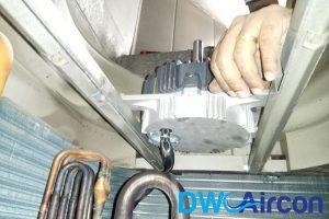 faulty-central-motor-aircon-smell-aircon-servicing-singapore