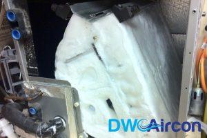 frozen-evaporator-coils-aircon-smell-aircon-servicing-singapore