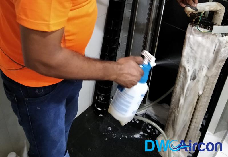 aircon-chemical-overhaul-aircon-servicing-singapore-condo-tiong-bahru-4