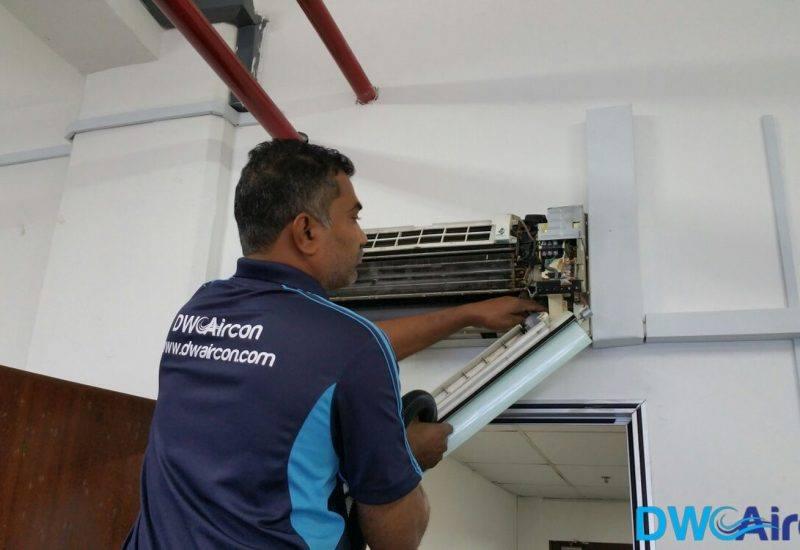 aircon-servicing-dw-aircon-servicing-singapore-1