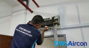 normal-aircon-servicing-general-aircon-servicing-vs-aircon-chemical-wash-aircon-servicing-singapore